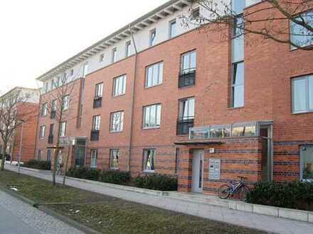 Wohnberechtigungsschein zwingend erforderlich - 4 Zimmer Wohnung im Kronsberg - mit Balkon
