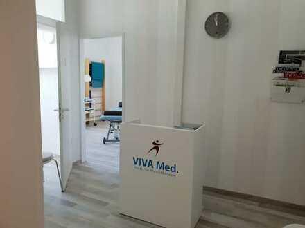 Schöne Räume für Physiotherapie mit Anschluss zum Fitnessstudio ViVa