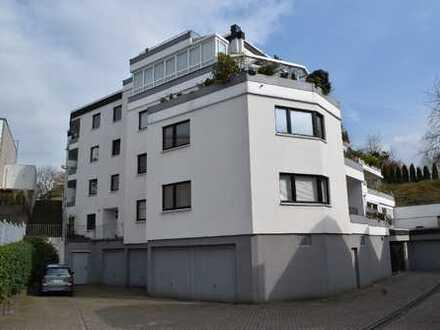 Haus im Haus - Große 5 Zimmerwohnung mit zwei Terrassen in zentrumsnaher Lage von Bergisch Gladbach!