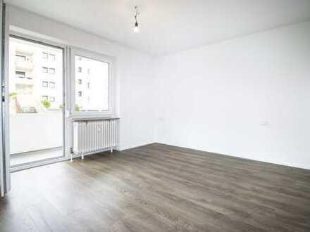 Frisch renovierte 3,5-Zimmer-EG-Wohnung mit Balkon in Wernau