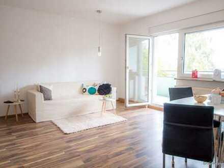 Großzügig geschnittene 2-Zimmer-Wohnung mit Balkon in bester Lage im Westend