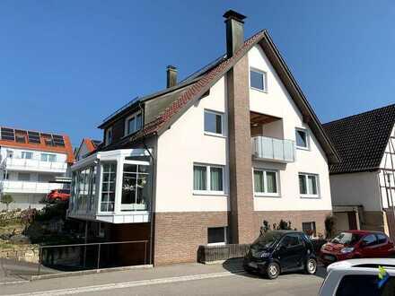 tolles 2-Familienhaus mit 2 Garagen und Carport, Terrasse und Sauna