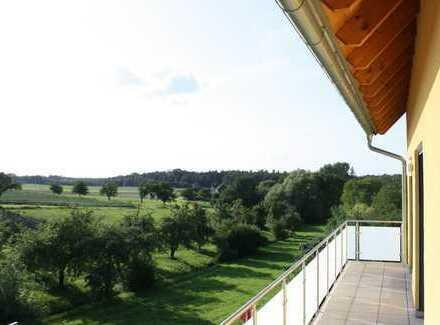 Neuwertige 3-Zimmer-Wohnung mit Balkon in Kalchreuth