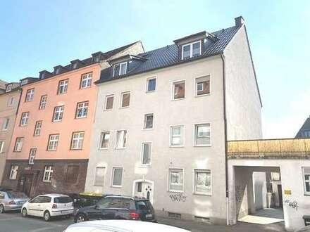Großzügige Stadtwohnung in ruhiger Seitenstraße