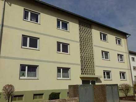 Sofort freie 3 Zimmerwohnung, frisch gestrichen mit Balkon in Bad Kreuznach