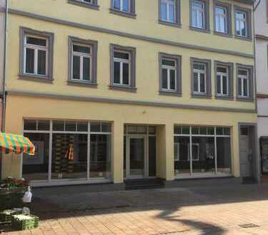 Gewerbefläche in 1-a-Lage am Marktplatz (von privat keine Maklerprovision)