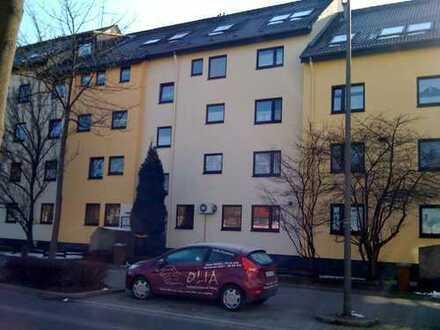 Helle und gepflegte 3,5 Zimmerwohnung am Evinger Markt zu vermieten