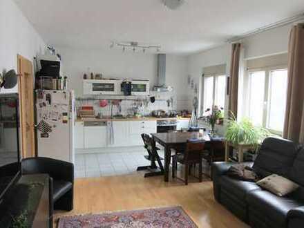 Gepflegte 5-Zimmer-Wohnung in Top-Lage in Stuttgart
