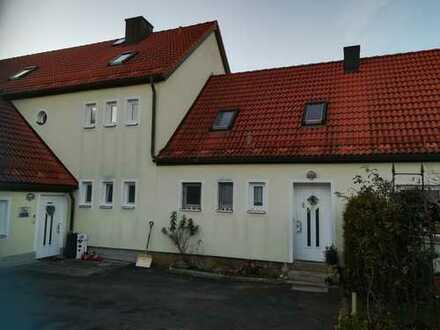 Günstige, gepflegte 3-Zimmer-DG-Wohnung mit Einbauküche in Bayern - Bärnau