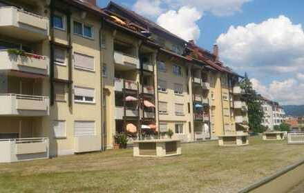 **Familienfreundliche 4-Raumwohnung mit großem Balkon**