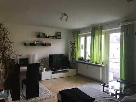 Gepflegte 2-Zimmer-Wohnung mit Balkon in ruhiger Lage (Germering)