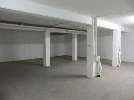 Lagerfläche, ideal für Handwerker, LKW Laderampe