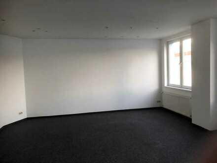 NEUE 405m² Sanierte Büro-, und Lagerflächen in hervorragender Lage / Körne