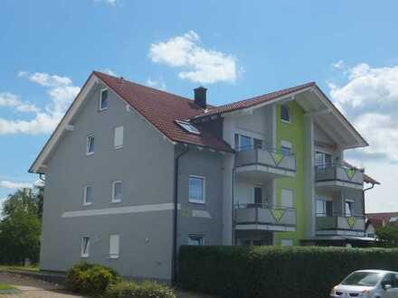 Freundliche 3-Zimmer-Wohnung mit Einbauküche und Balkon in 72290, Loßburg