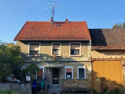 ***Hofreite nähe Fürfeld / Riesen Grundstück mit 2 alten Häusern und einer Scheune***