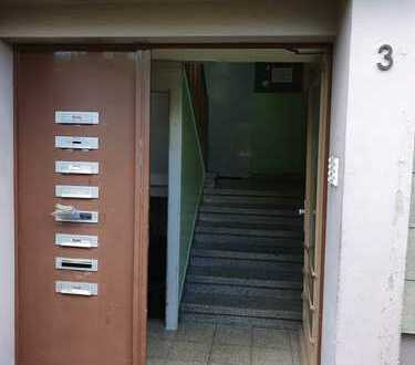 2-Zimmer-Wohnung - Für Selbstrenovierer