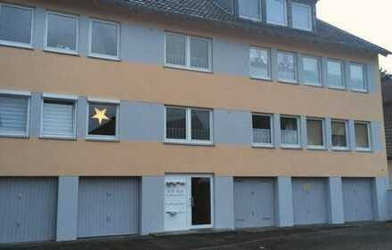 8-Parteienhaus, Bonn Vilich-Müldorf, 5 Garagen, großes Grundstück und Garten als Kapitalanlage