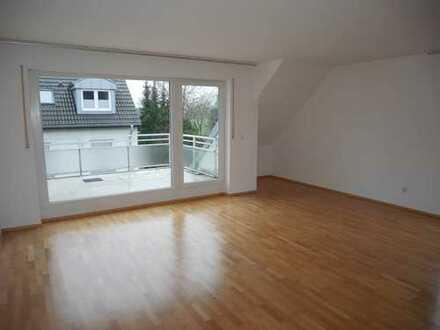 Hochwertige, helle 3 Zimmer Maisonette-Wohnung in Kaarst mit Terrasse