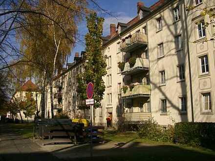 Helle 2-Raum Wohnung im gepflegtem Wohnumfeld und zentraler Lage