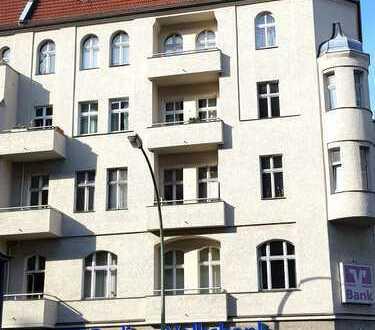 Büro- oder Praxisflächen mitten auf der pulsierenden Karl Marx Straße in Neukölln