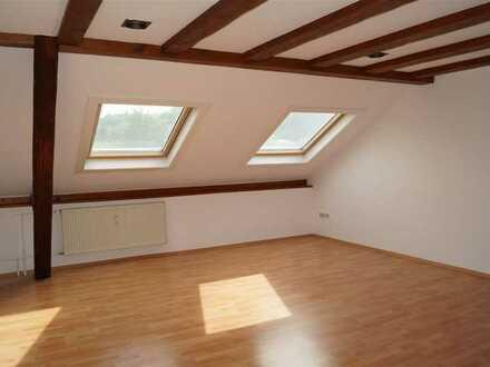 Zentrale Dachgeschosswohnung in Diez