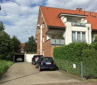 Helle 3,5 R Wohnung mit sonnigem Garten, Stellplatz und Garage im 3 MFH