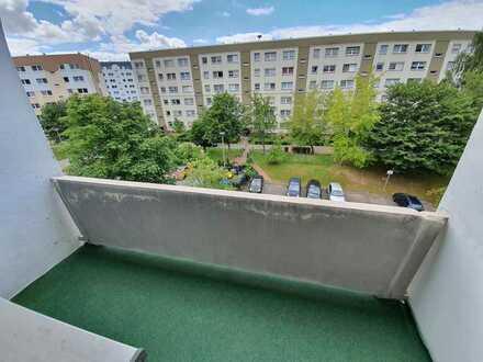 2-Zimmer Wohnung mit Balkon in Mülsen