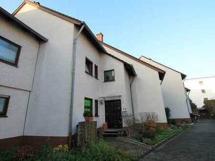 Vermietetes Zweifamilienhaus in Porz!