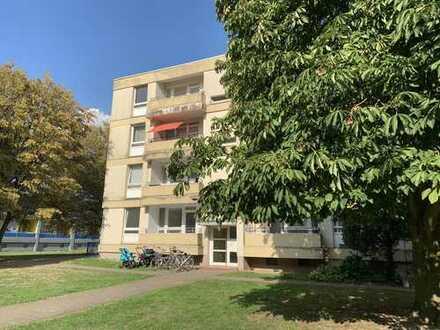 Fast fertig RENOVIERT im 3.OG- 3-Zi-Wohnung mit 2 Balkonen & Tageslichtbad - Moers Mattheck
