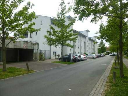 Zwei identische 1-ZW mit Balkon und TG-Stellplatz - Heuchelhof!