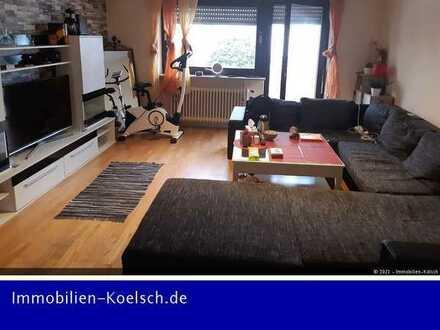 Schöne 2-Zi-Wohnung mit Balkon und Kfz-Stellplatz
