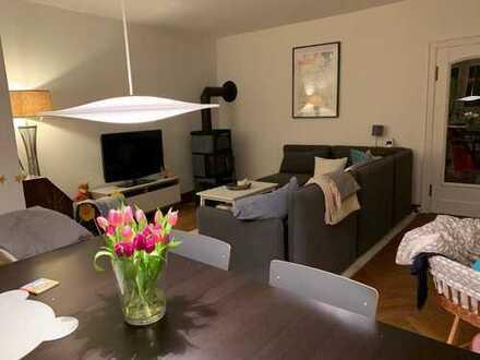 Traumhafte 3-Zimmer Wohnung in Düsternbrook mit großem Garten und Garage
