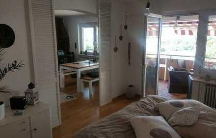 Schöne, helle zentrumsnahe 3.5 Zimmer Wohnung in Nürtingen/Säer