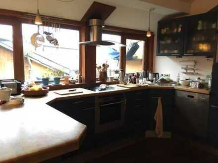 Zimmer in Dachgeschosswohnung im Herzen Kreuzbergs (Wrangelkiez)