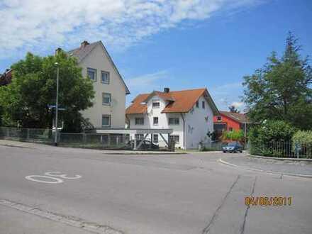 Schöne Dachgeschosswohnung mit zwei Zimmern in Kaufbeuren, Neugablonz