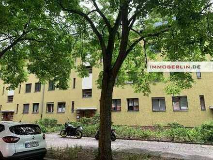 IMMOBERLIN: Behagliche vermietete Wohnung mit Südloggia & Garten
