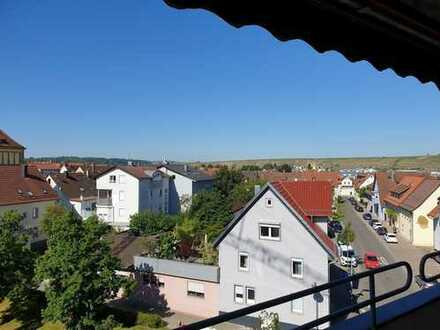 4,5 Zimmer Wohnung mit toller Aussicht in 74348 Lauffen/N.