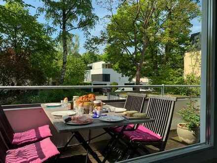 Sehr schöne helle 4-Zimmer-Wohnung mit Balkon und EBK in Harlaching