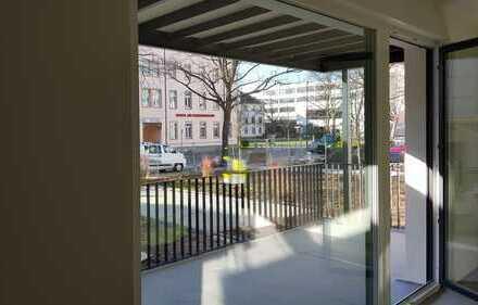 Erstbezug mit Einbauküche und Balkon: 2-Zimmer-EG-Wohnung in Offenbach am Main