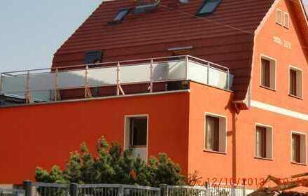 Maisonette-2 Zi.Wohng, Klimaanlage,Kamin,Garten, 500m zum Bahnhof
