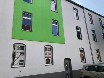 Teilweise ren.bedürftiges MFH in Herne-Sodingen ca.450m2 WF, Balkonen,Fassade, Fenster, Dach neu
