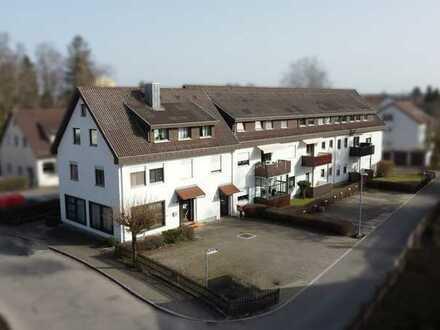 Sofort frei! 2-Zimmer Wohnung mit Balkon im schönen Kurort Bad Buchau am Federsee