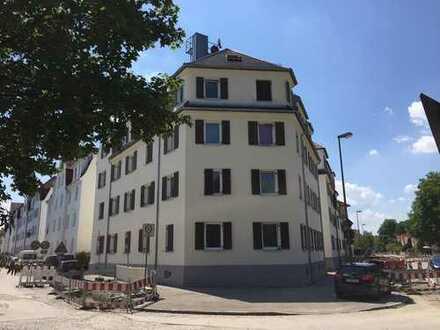 Gut geschnittene und sonnige 2,5-Zimmer-Wohnung in toller Lage (A-Göggingen) mit neuer Einbauküche