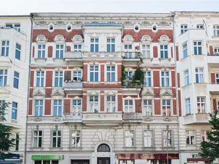 Spannendes Gewerbe am Winterfeldtplatz mit 3 Meter langer Schaufensterfront und hohen Decken