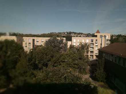 Ruhige 2 - Zimmer Stadtwohnung mit großer Terrasse