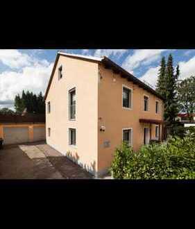 Zweifamilienhaus von Privat EG 3 Zimmer vermietet/OG 5,5 Zimmer