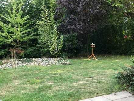 Helle waldnahe Wohnung mit Terrasse und Gartenanteil
