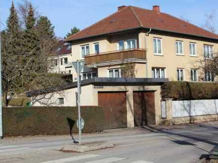 Gepfl. 2-Fam.-Villa in Balingen - knapp 10 Ar - markantes Entrée - weitere Ausbauoptionen