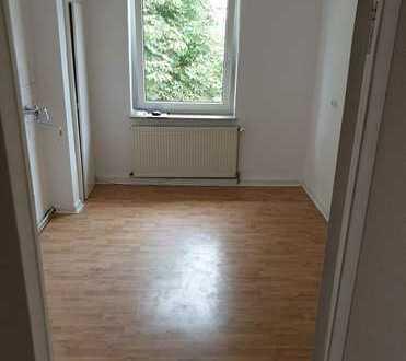 2 WG Wohnung in der Stadtmitte (5 Min vom Luisenplatz entfernt) beziehbar ab SOFORT !