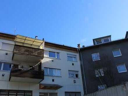 Stuttgart-Ost, in unmittelbarer Nähe zum Ostendplatz! vermietete 2-Zimmer-Wohnung mit Balkon!
